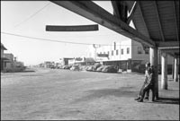 main street tulelake welcomes homesteaders. bureau of reclamation photo.
