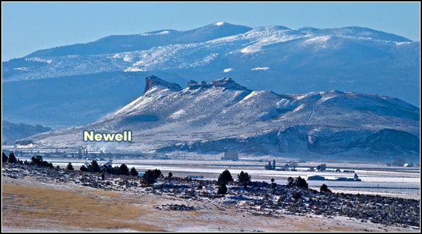 Newell, California seen from loveness road.  penenisula and medicine lakes highlands in the background.  photo by anders tomlinson