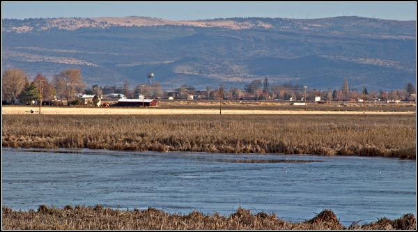tulelake california seen from lost river.  photo by anders tomlinson