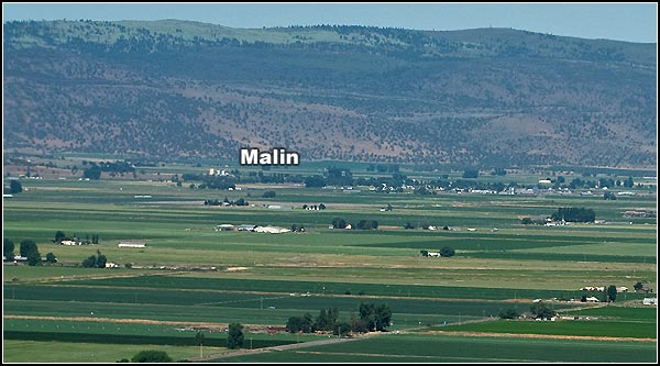 malin oregon seen fro sheepy ridge california.  this is looking at the northeast corner of the tule lake basin.  photo by anders tomlinson