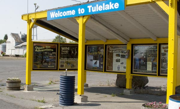 tulelake, california rest stop designed by anders tomlinson.