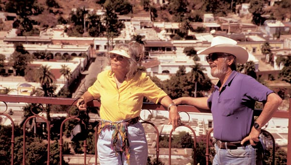 Earle Zimmerman, Joan Gould Zimmerman, Alamos Sonora Mexico, Alamos Spring 1996. Photo by Anders Tomlinson.